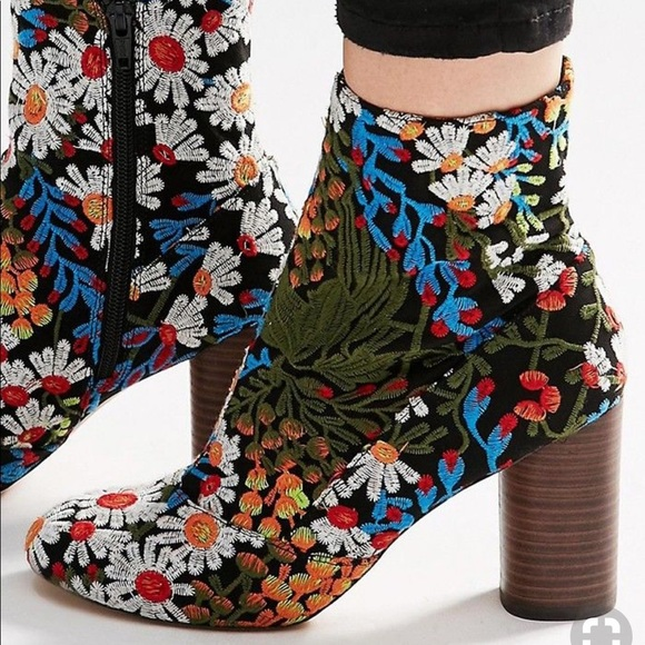 Free People Shoes - NEW Matisse Booties